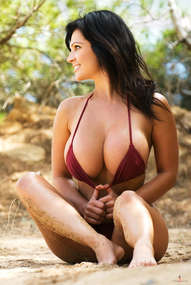 bikini-nipples-tits-cum-all-over-pics