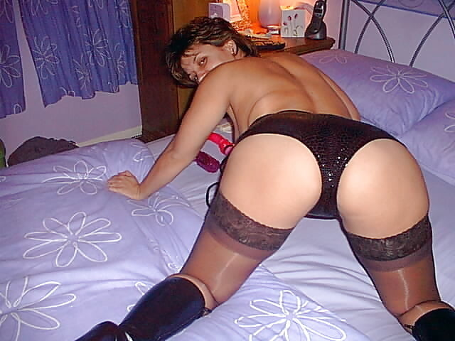Exposed wife- 44 Pics