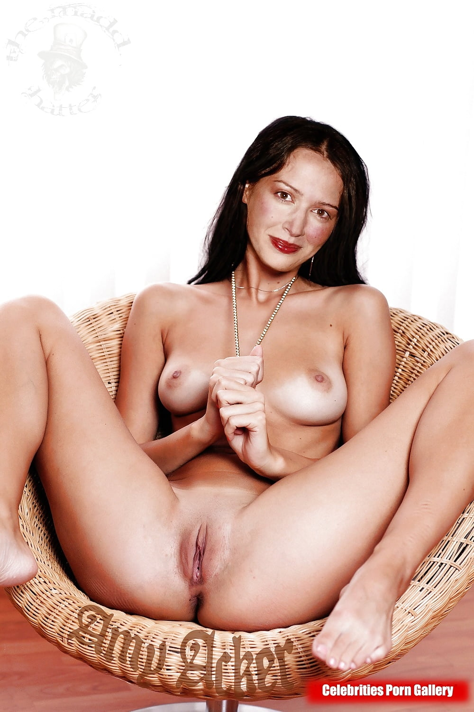 Amy Acker Nipple