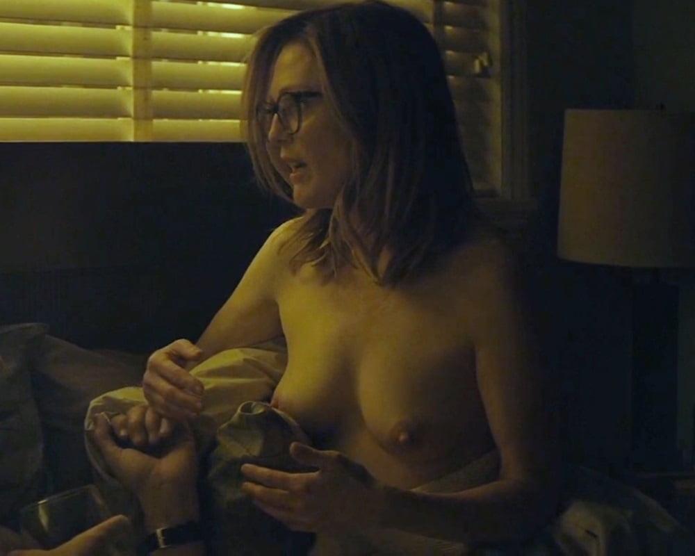 Julianne Michelle Nude