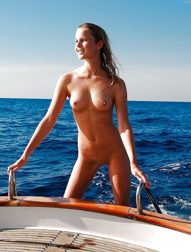 Girls Boat Pics