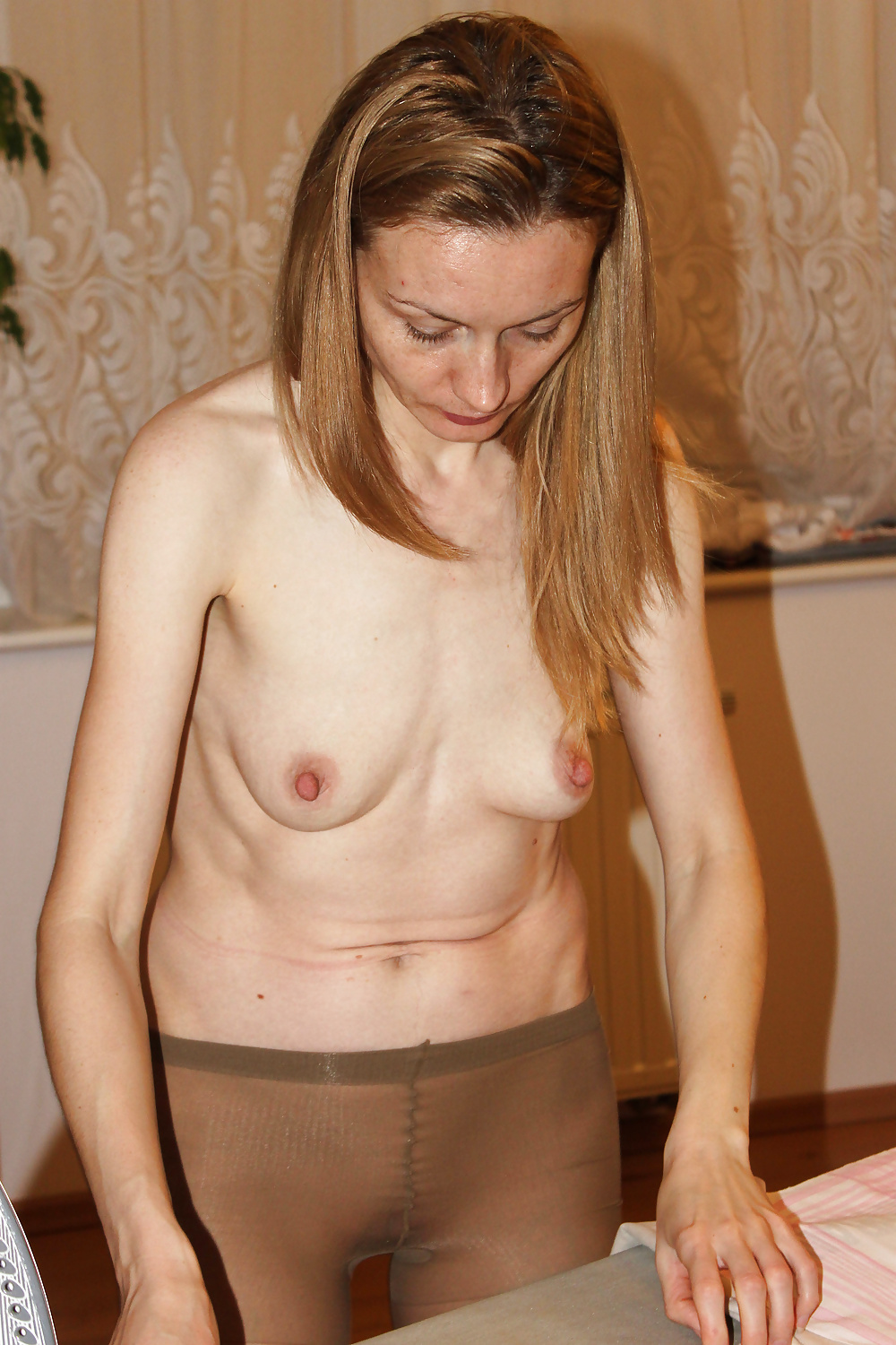 small-shy-nudes-saggy-tits-mature-brunette-anal