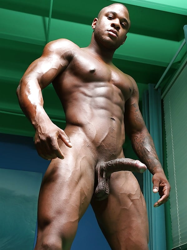 rika-nude-naked-male-black-athlete-girls-real