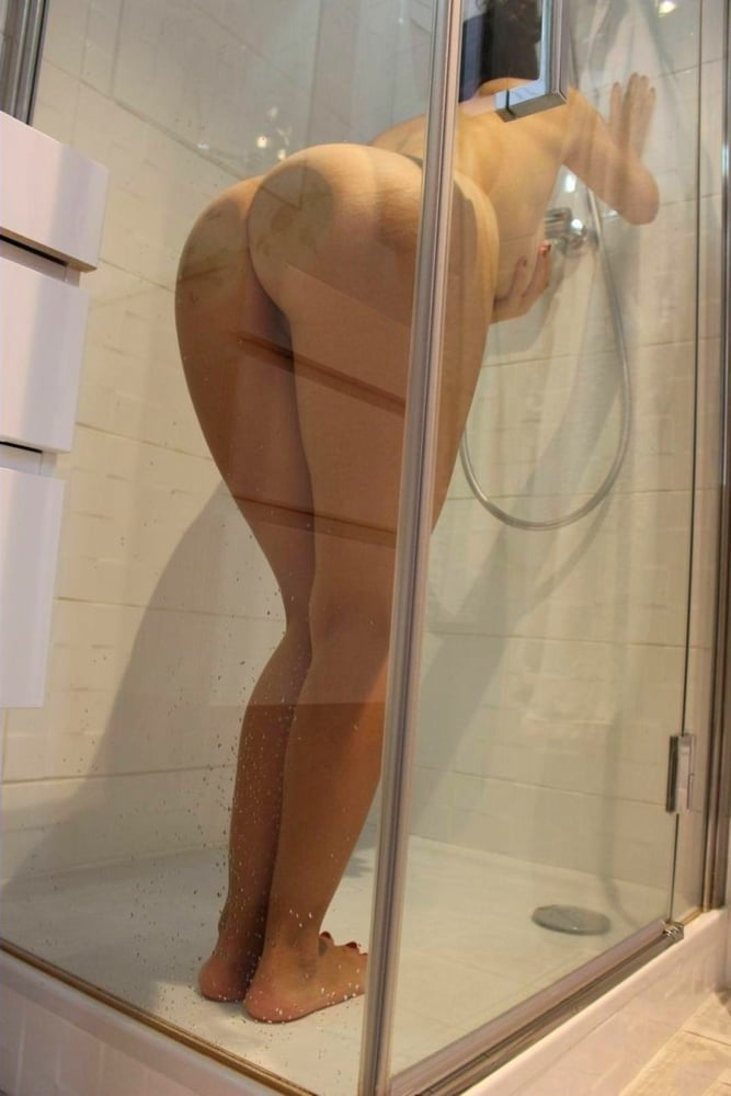 Sexy ass in shower — pic 12