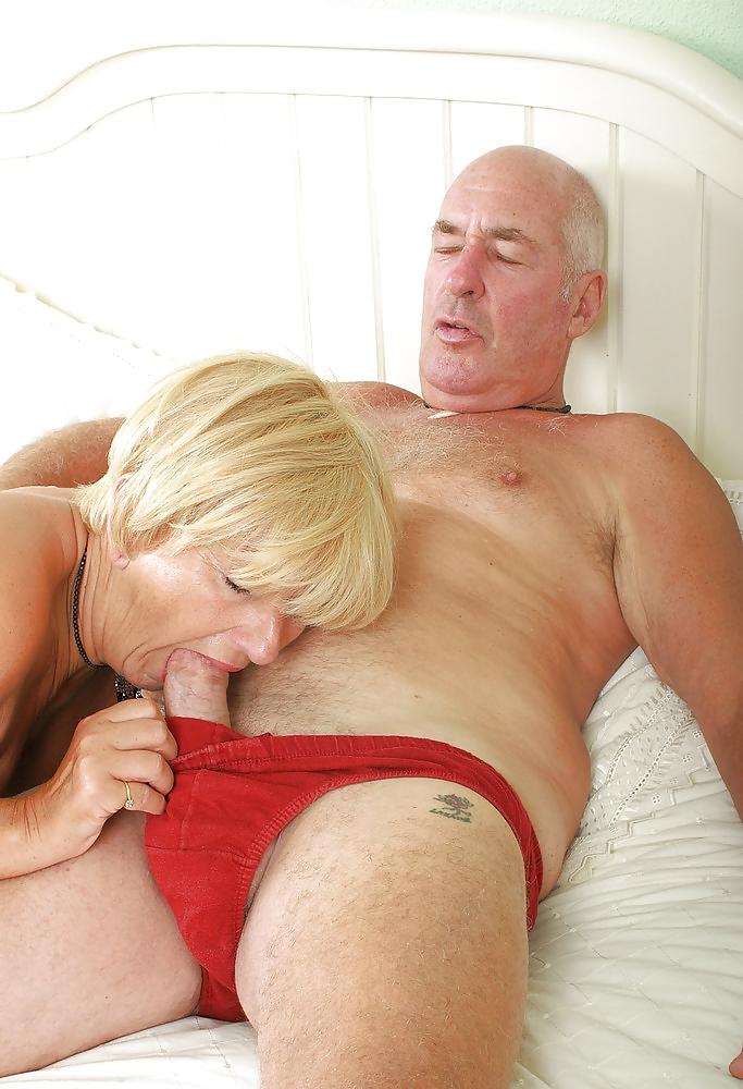 в рот старик порно грудастая киара