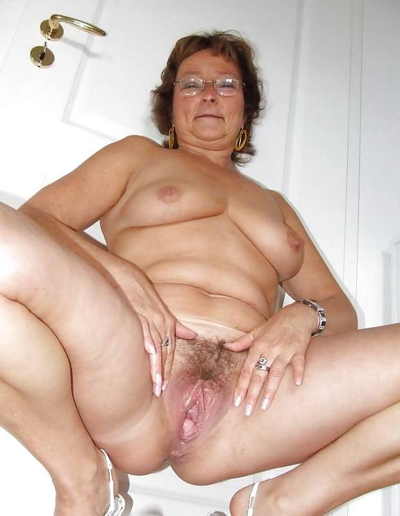 free-very-mature-women-pics