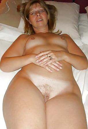 Naked lesbian hotel amateur
