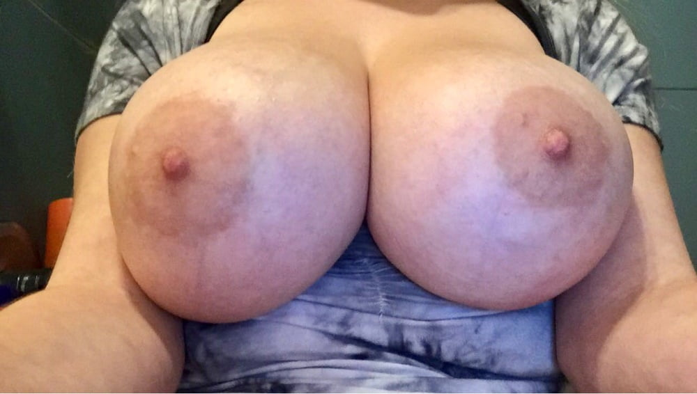 Would Love to Watch her get BBC! - 19 Pics