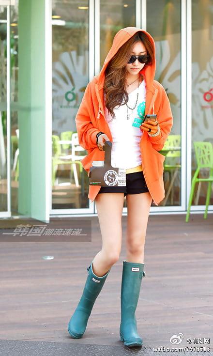 Insulated hunter rain boots