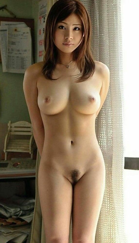 nude-japanese-anamai