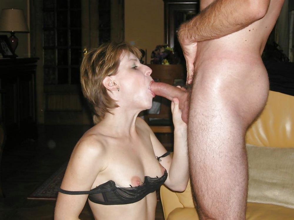 секс дома с мужем без лифчика сайта