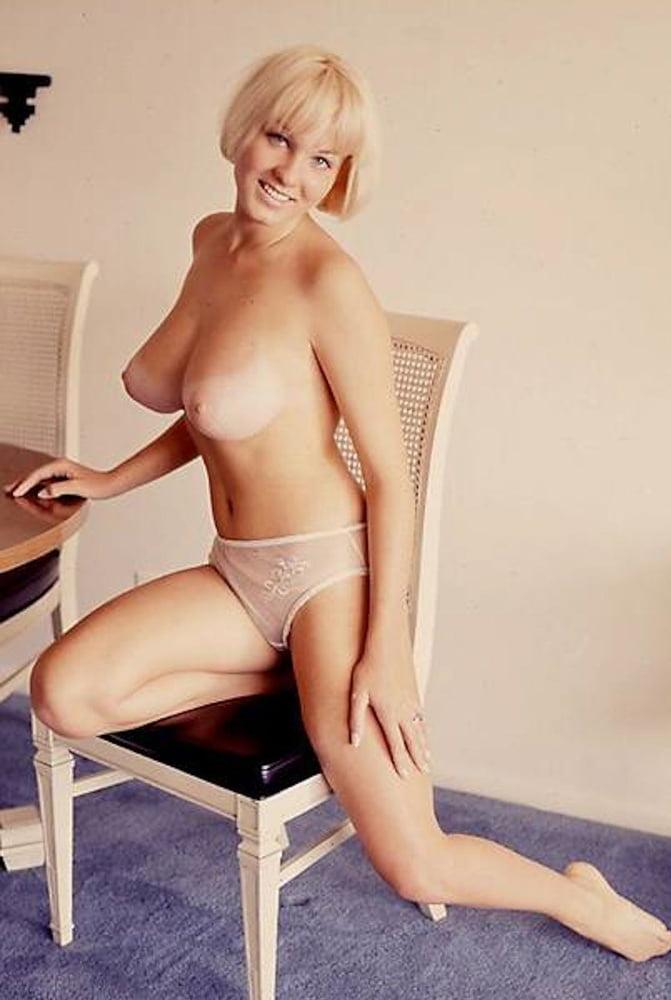 Beautiful latina girl linda lay gets big tits creamed fucked soggystyle
