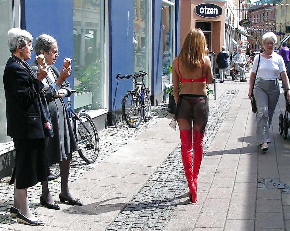 Фото смешных проституток подвешенная проститутка