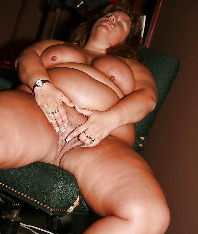 Dolly Riesenschwanz Dicke Rimmingsex