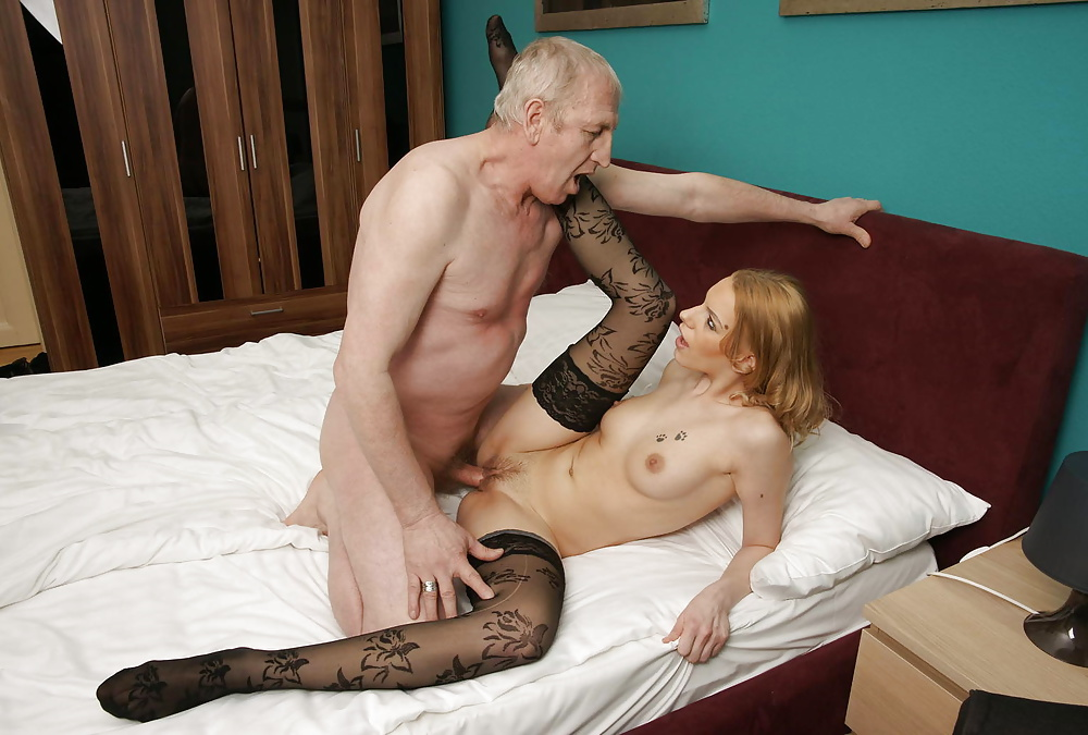Daughter pantyhose cum daddy story — 10