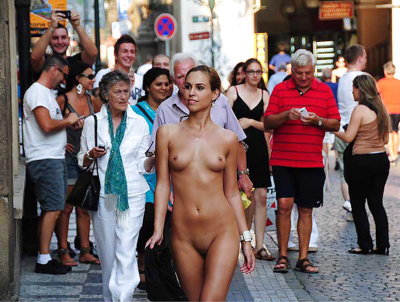 Public exhibition porn pics