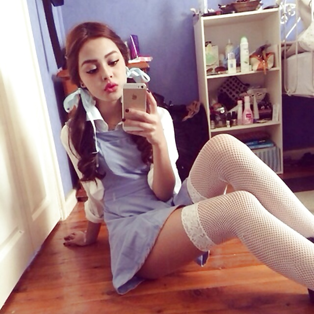 Girls In White Stocking And Knee Socks Xxvi Xham Likuoo 1