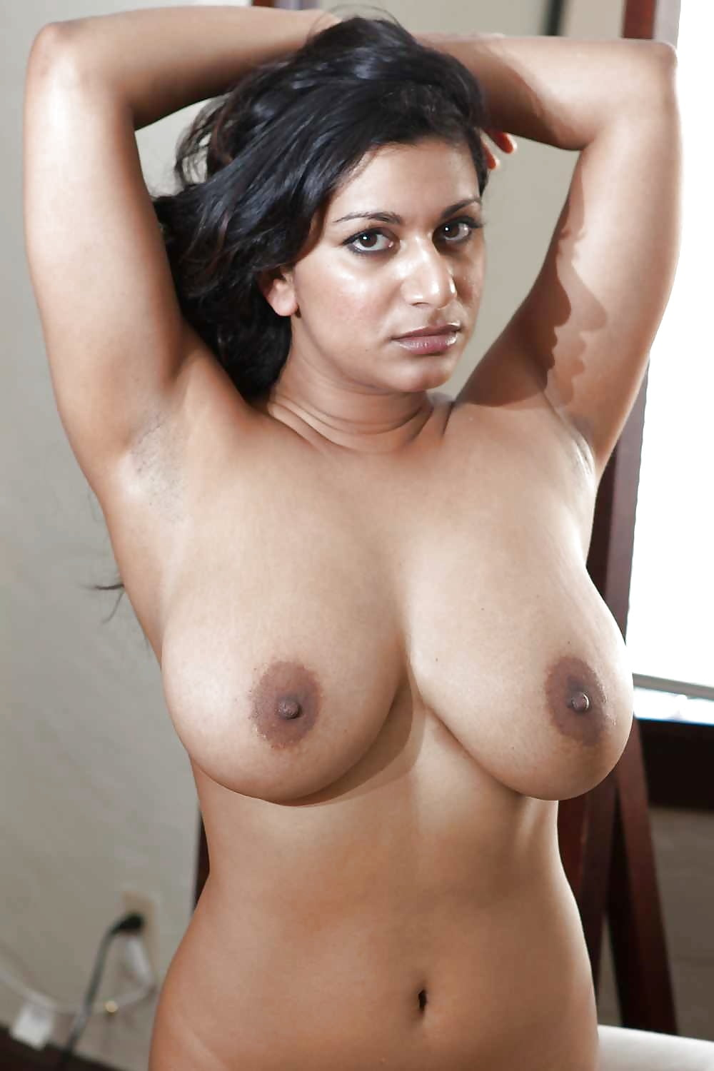 Voluptuous indian tits — pic 14
