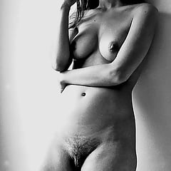 Naked caitlin stasey Caitlin Stasey