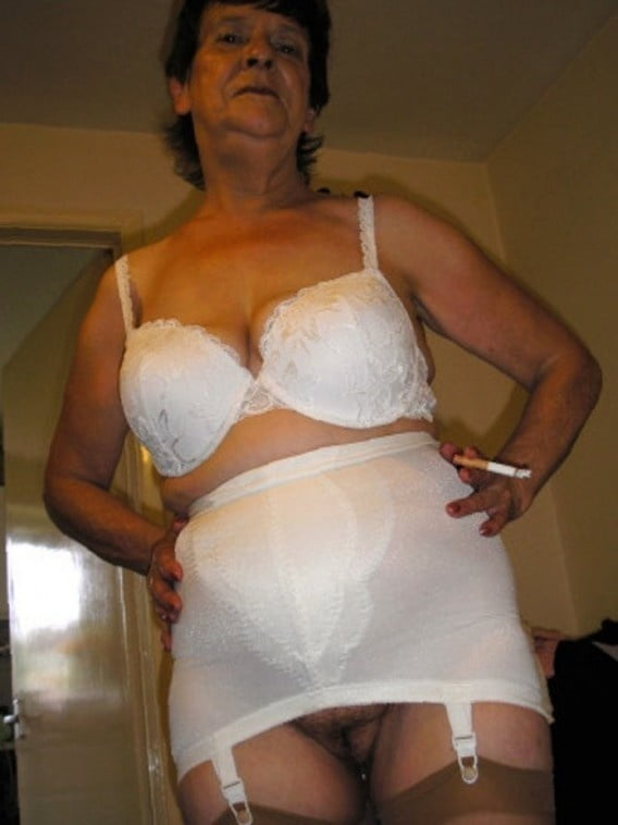Grannys in girdles mature girdle fitter — img 6