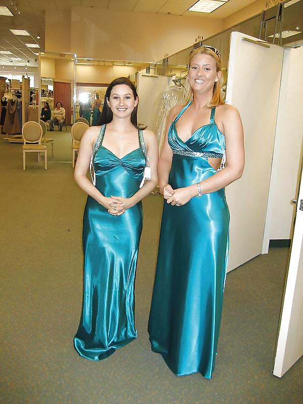 Prom dresses for girls with small boobs-8222