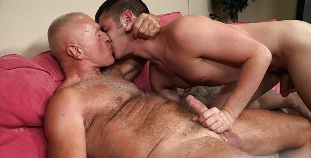 Mature guy sex porn