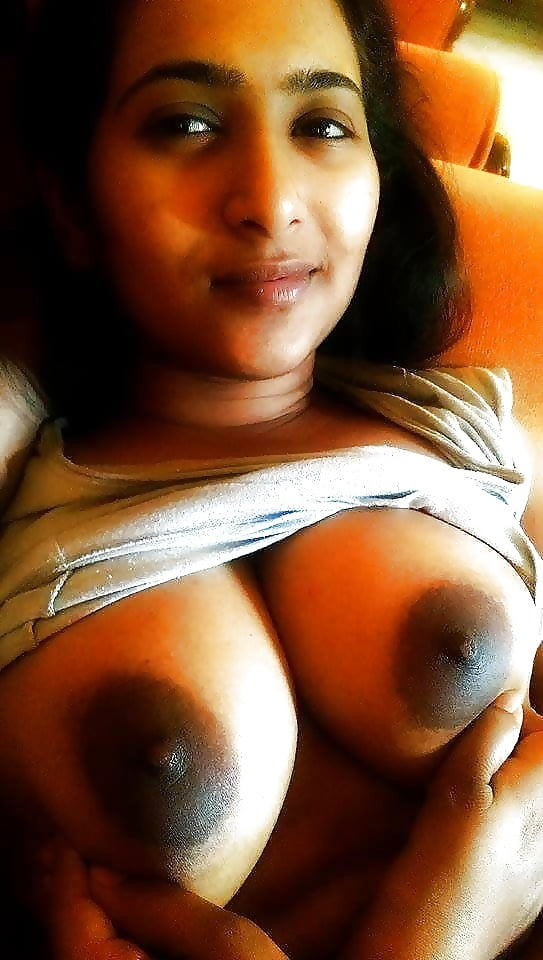 My hot and pretty pakistani girlfriend with big boobs