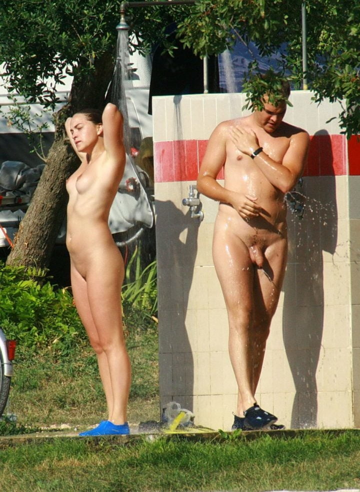 camping-shower-nude-fuck-pretty-women