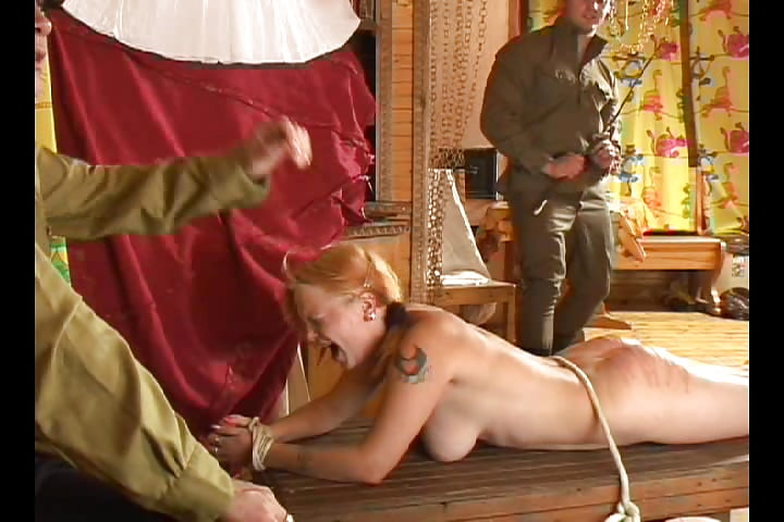 Наказание провинившихся проституток содержанием в неволе 7