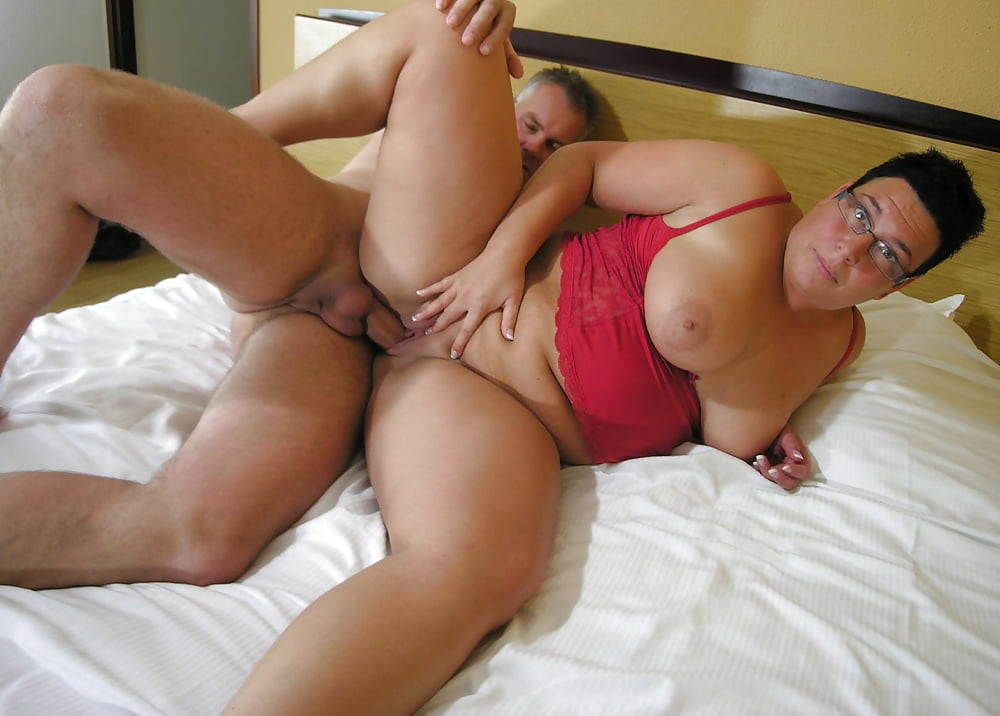 Naked housewife fucking girl ipod free