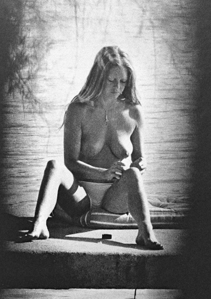 Бриджит бардо скандальные фото эротика, пьяной засунул член в рот