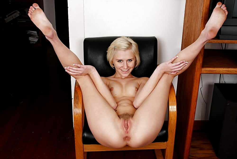 young-ass-nude-canadian-girl-spreads-legs
