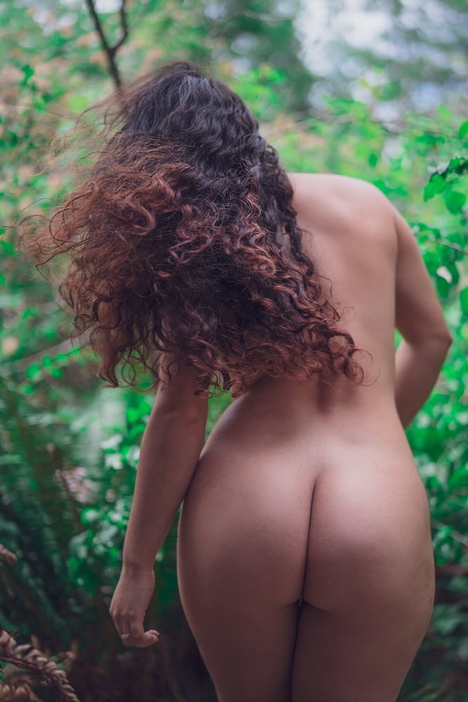 Ass among the trees! - 12 Pics
