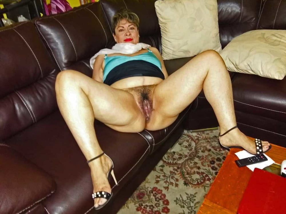 From MILF to GILF with Matures in between 278 - 496 Pics