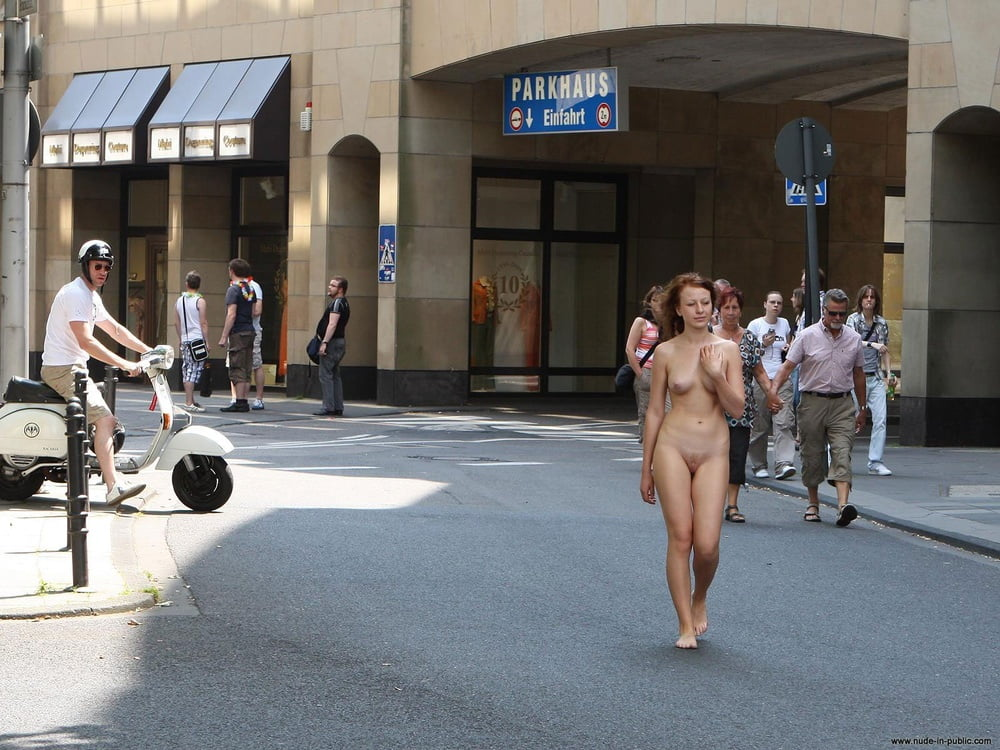 Miley nude in public 10