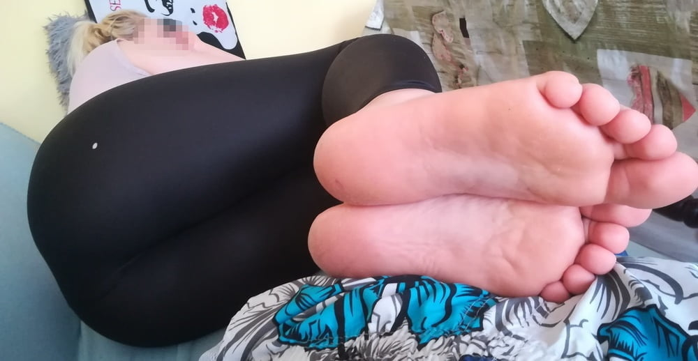 My wife whore (Harness,High Heels,spandex) Comment