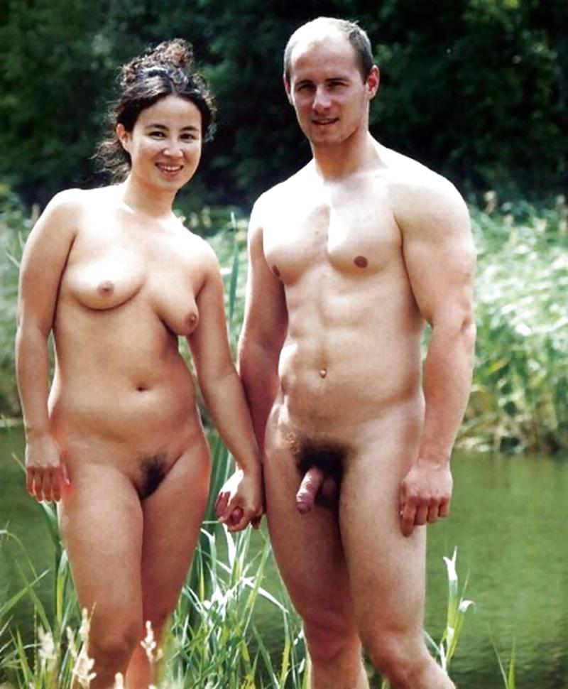 голые мужчины и рядом голые женщины фото вероника мини-юбке