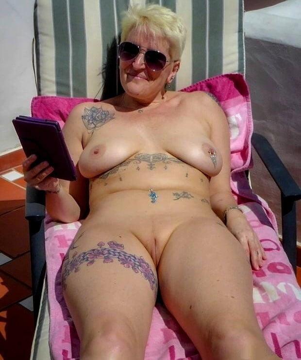 Horny older women near me-3113