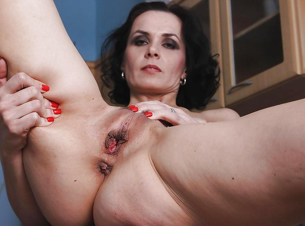 Dirty brunette moms naked 8