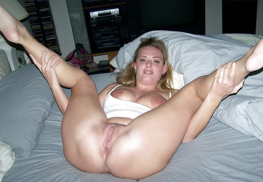 free-pictures-of-young-amateur-milf-naked-woman-has-sex-with-a-canine