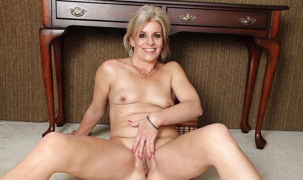 Sweet horny mature cougars pics