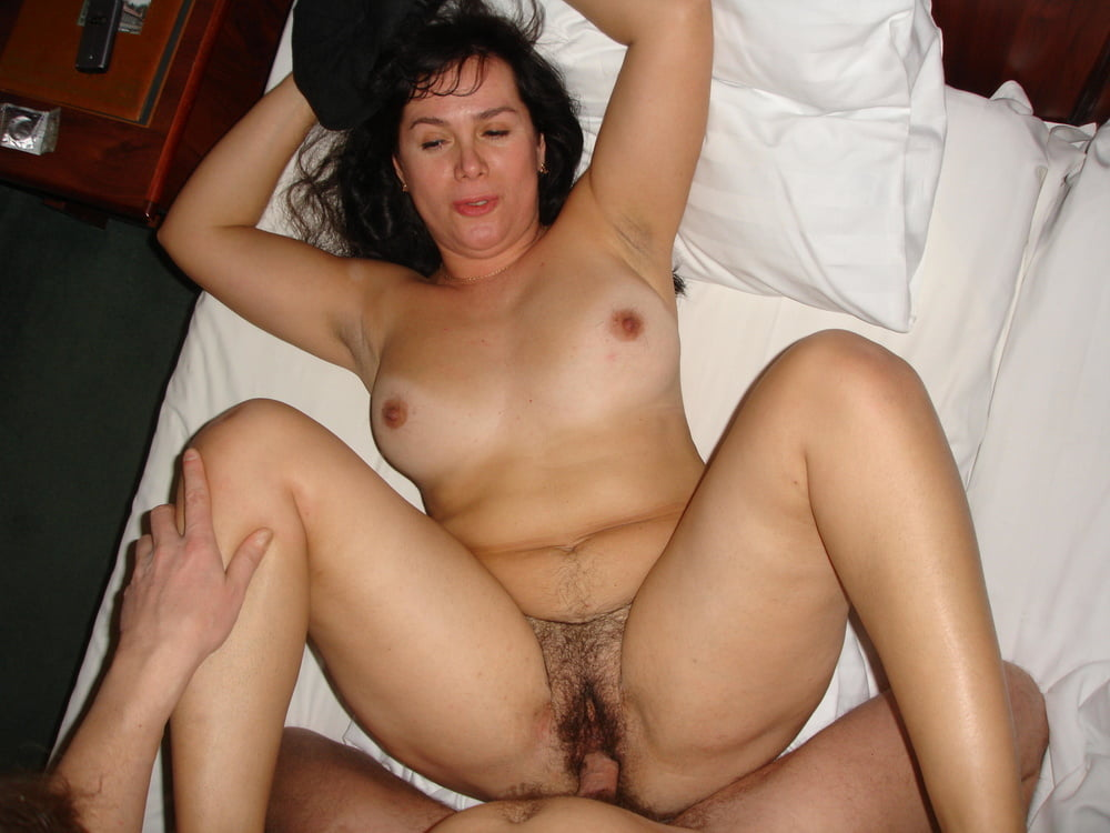 Old turkish woman fucked — pic 9