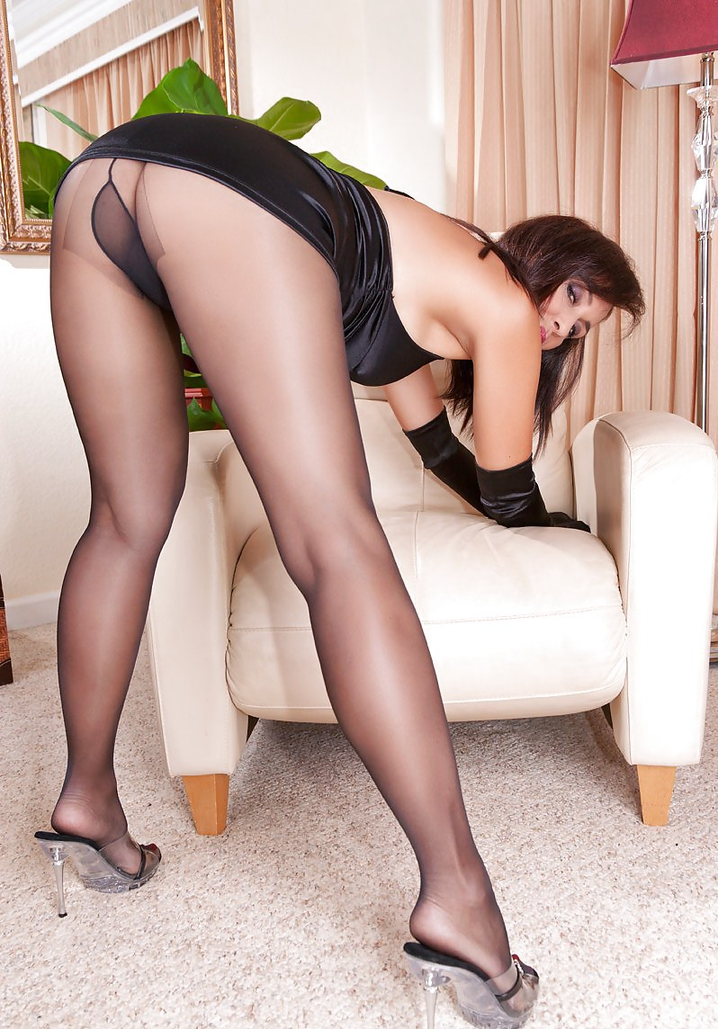 Watch arousing legs in tights fetish