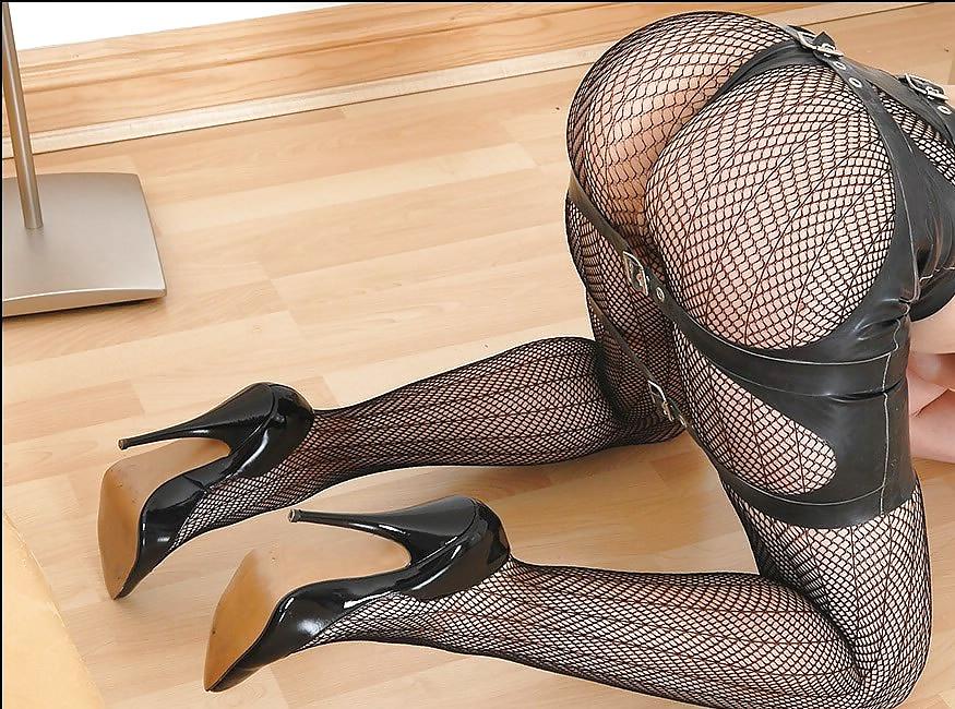 Double nylon feet