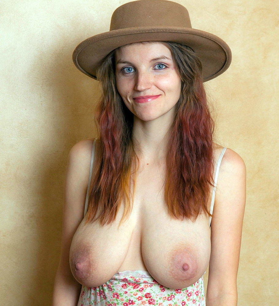 Big Saggy Natural Tits Teen