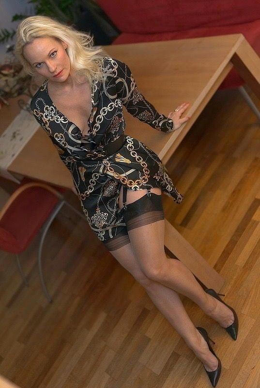 Foxy lady - 42 Pics