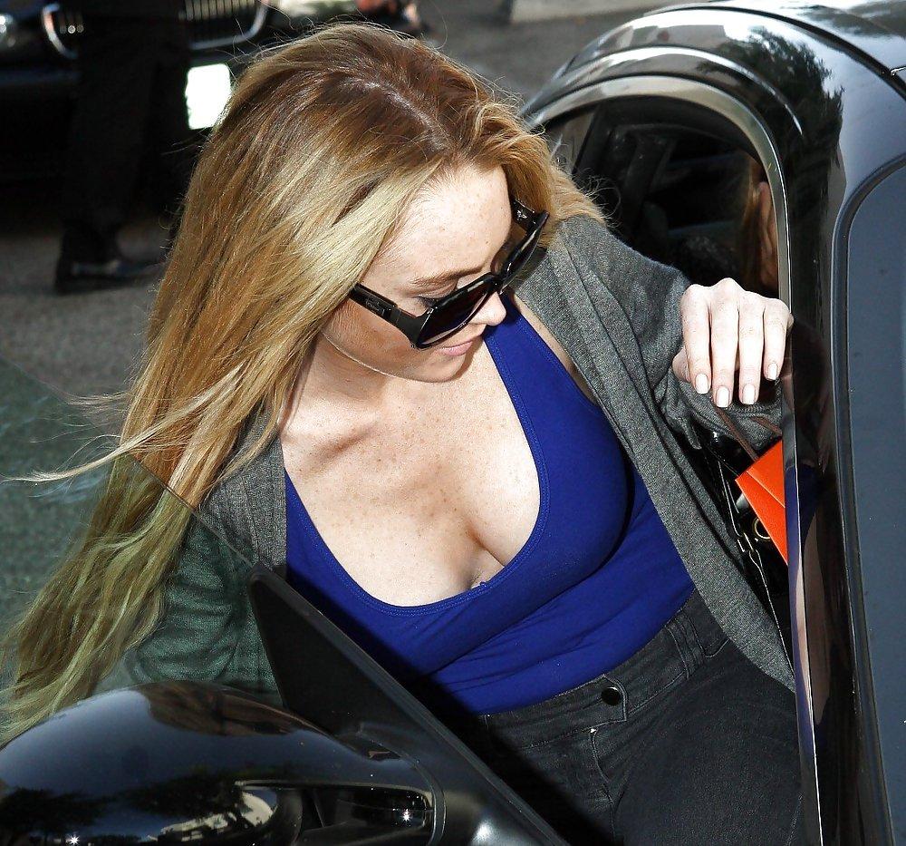 Lindsay lohan kim kardashian massive twitter beef