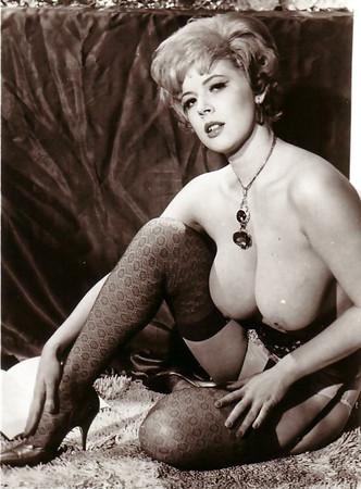 Attractive Roxi Davis Nude Png