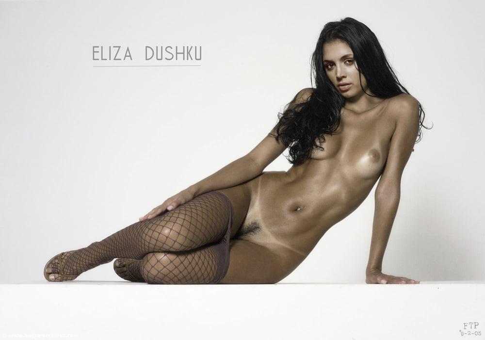Eliza dushku nude clip