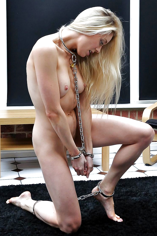 cute-sex-slave-girl-my-girlfriend-plays-with-my-anus